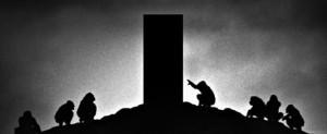 2001-space-odyssey-noir-poster-manev-670x274